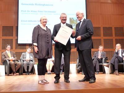 Audit familiengerechte Kommune - Übergabe der Zertifikatsurkunde